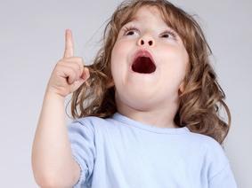Balbuzie infantile: perché il bimbo balbetta quando parla