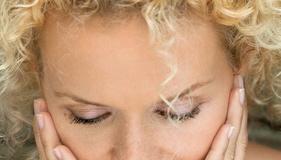 Macchie in gravidanza: come proteggere il viso