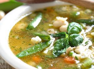 Dieta: dimagrire con le zuppe