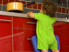 Sicurezza in cucina: gli accorgimenti necessari per il bambino