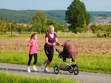 Movimento e prodotti specifici per tornare in forma dopo il parto