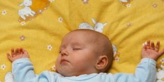 L'ittero neonatale: fenomeno normale ma da tenere a bada