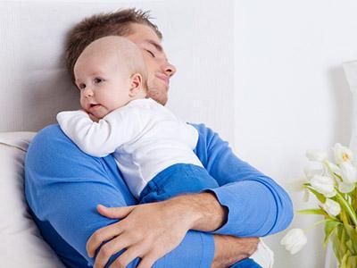 Essere papà: i padri raccontano le loro esperienze