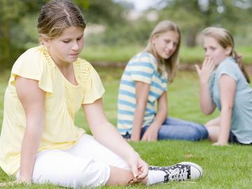 Obesità negli adolescenti: tra le cause poco sport e troppa tv
