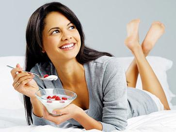 Come perdere peso dopo il parto? Con lo yogurt!