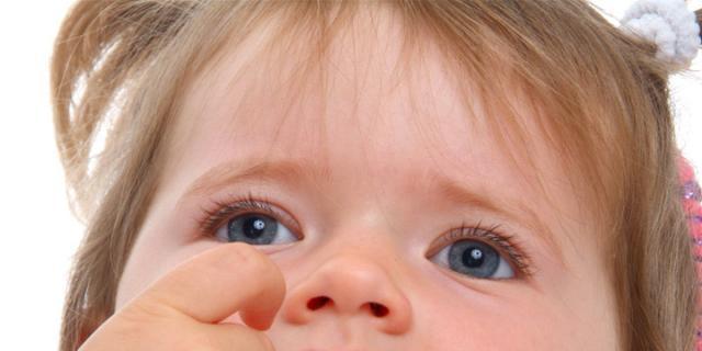 Soffocamento bambini: le manovre salvavita