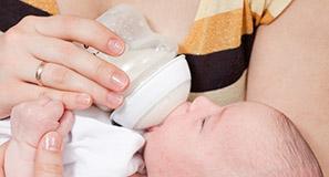 Sterilizzare il biberon: quello che c'è da sapere