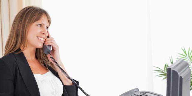 Gravidanza e lavoro: i trucchi per stare comode alla scrivania