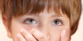 Garante dei minori: scarsa attenzione dello Stato per i diritti dei bambini