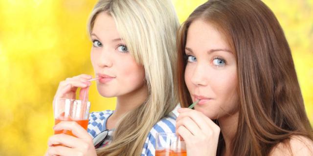 Troppe bibite zuccherate: rischio obesità tra gli adolescenti