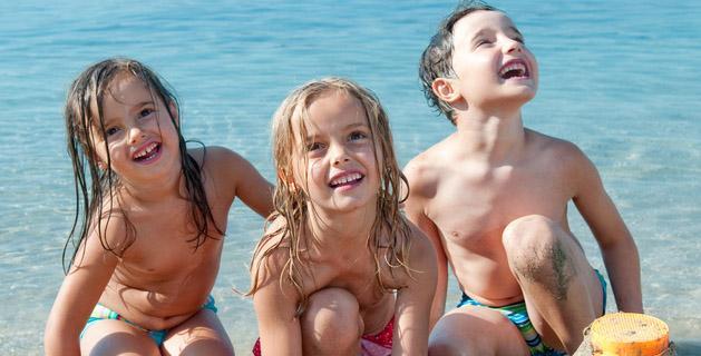 In spiaggia in sicurezza: per non perdere il bambino