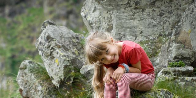 In vacanza con il bambino al fresco in montagna