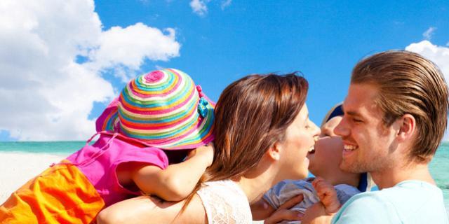 Vacanze al mare: le regole da seguire per proteggere i bambini