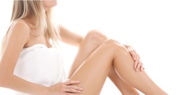 Pelle rilassata e poco tonica, smagliature? Le soluzioni dopo il parto