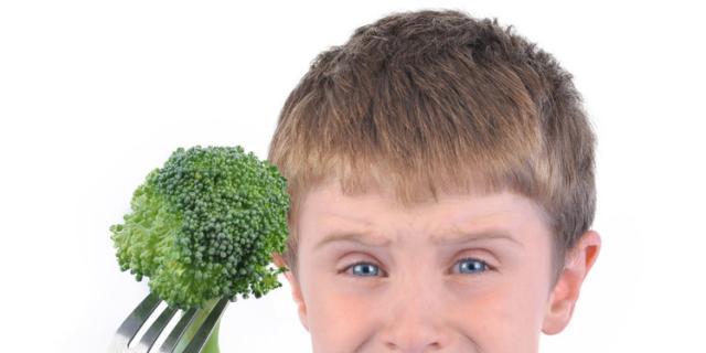 Bambino schizzinoso a tavola? Così divorerà frutta e verdura!