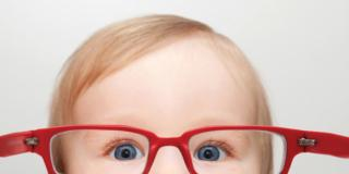 Strabismo nei bambini: fino a che età è normale?