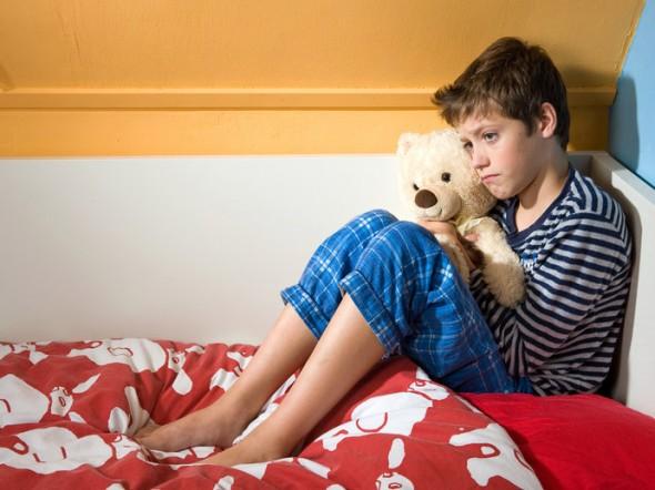 Un bimbo su sei fa la pip a letto bimbi sani e belli - Cane pipi letto ...
