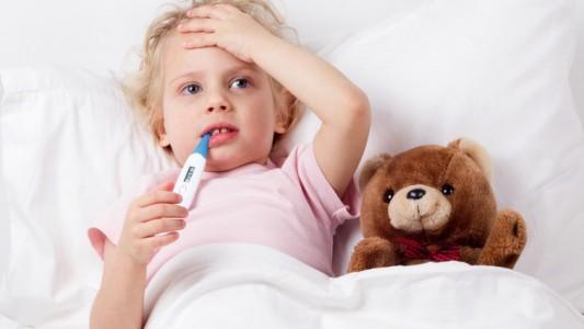 Influenza nei bambini: no ai farmaci inutili