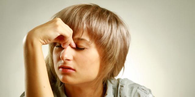 Mal di testa in aumento tra gli adolescenti