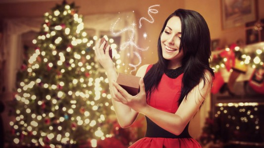 L'abito per le feste di Natale? Elegante e su misura per il proprio fisico