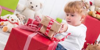 Per i giochi di Natale scegli i prodotti con i marchi di sicurezza