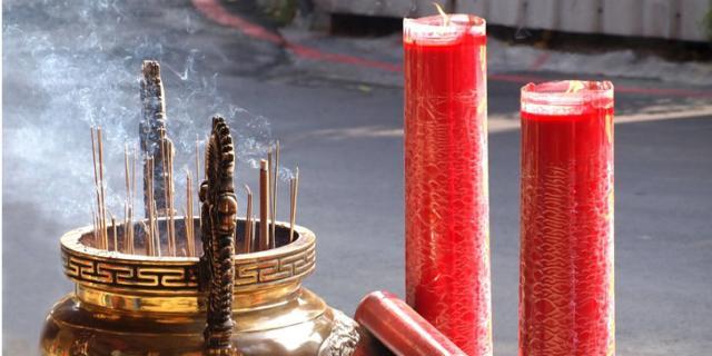 Attenzione a incenso e candele: liberano sostanze tossiche