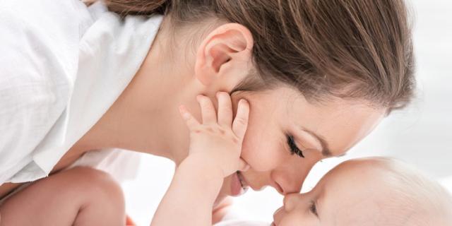L'odore del neonato dà piacere alle donne