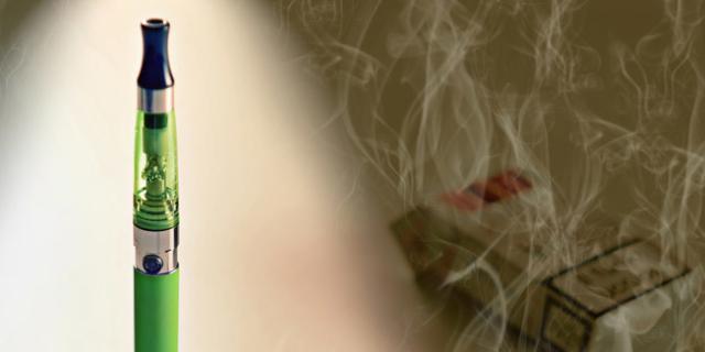 Allarme sigarette elettroniche: fanno fumare di più