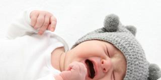 Coliche del neonato: attenzione alla poppata