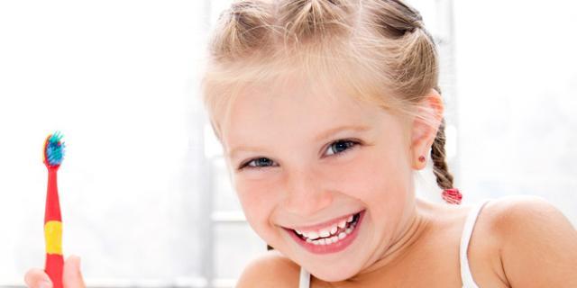 Bambini: sempre più carie nei denti da latte