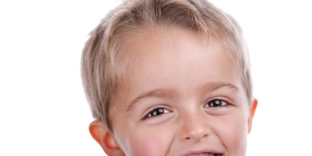 La carie nei bambini si combatte con il dentifricio (al fluoro)
