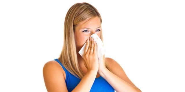 Raffreddore frequente in gravidanza? Rischio asma per il bebè