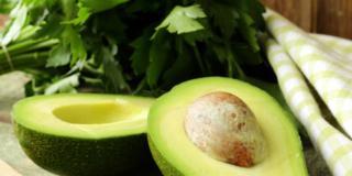 Mezzo avocado al giorno aiuta a dimagrire