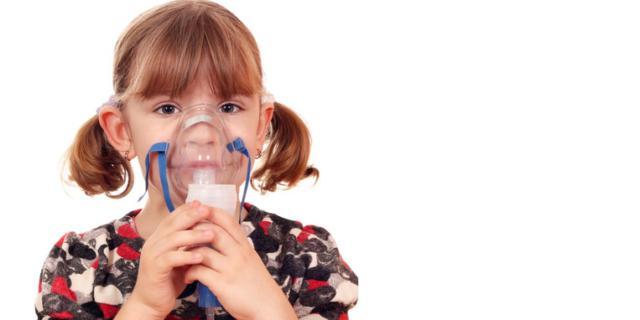 Bimbi asmatici: il fumo passivo li fa stare peggio