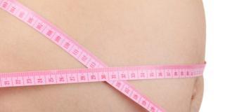 Parto: pericolo triplo per il neonato se la mamma è obesa
