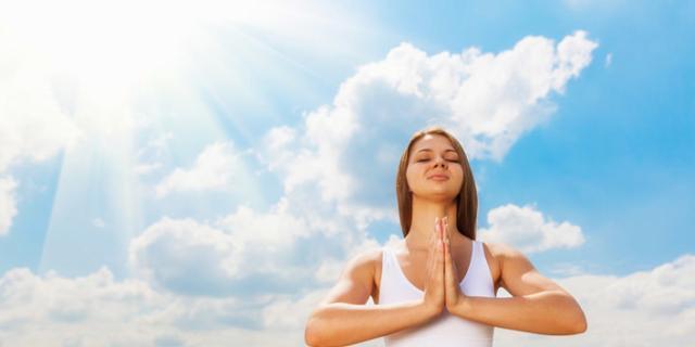 Incontinenza urinaria post parto: lo yoga la migliora fino al 70%