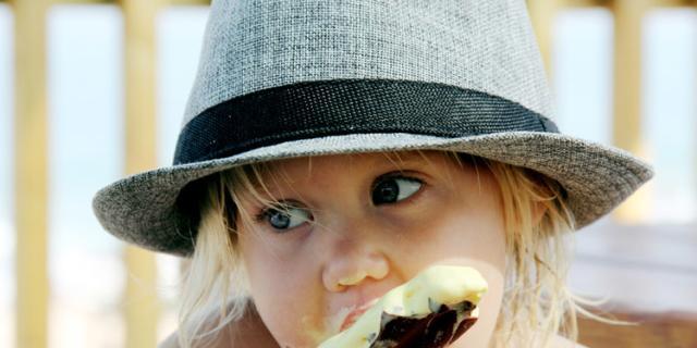 Alimentazione bambini: in estate i bimbi ingrassano di più