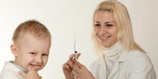 Vaccinazioni: in aumento i genitori che vi rinunciano per i figli