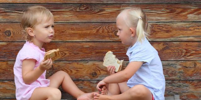 Le 10 regole per una sana merenda anche in vacanza