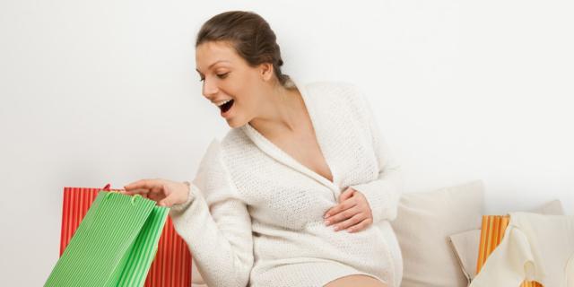 Guardaroba in gravidanza: i trucchi per non spendere troppo