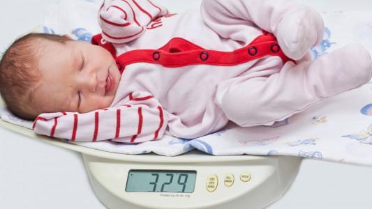 Salute dei polmoni? Controlla il peso alla nascita