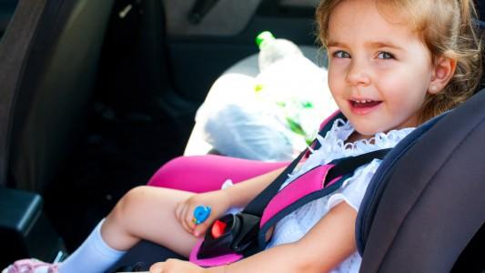Seggiolini auto: più batteri che in bagno