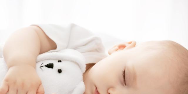 Ecco i baby monitor indossabili che funzionano con lo smartphone