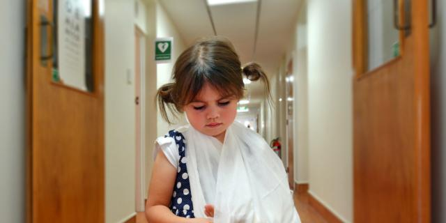 In aumento gli incidenti a scuola, più colpiti i maschi