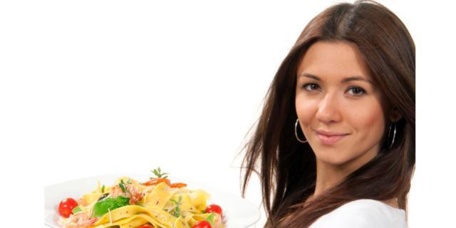 La dieta mediterranea protegge anche dalle malattie della pelle