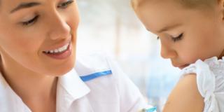 Vaccinazioni: approvato il nuovo calendario