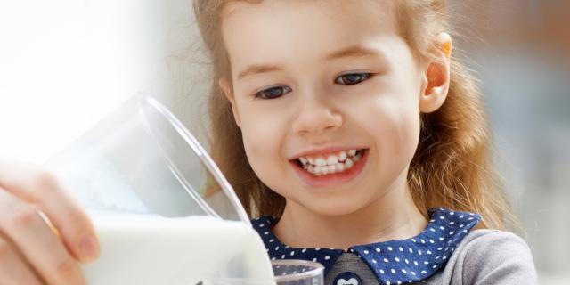 Vitamina D: apporto raccomandato solo con il latte vaccino