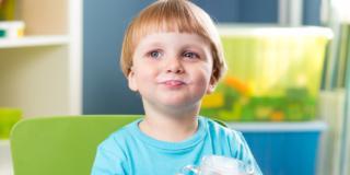 Osteoporosi: la prevenzione inizia da bambini