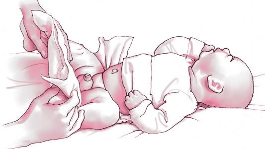 Come si cambia il pannolino al neonato