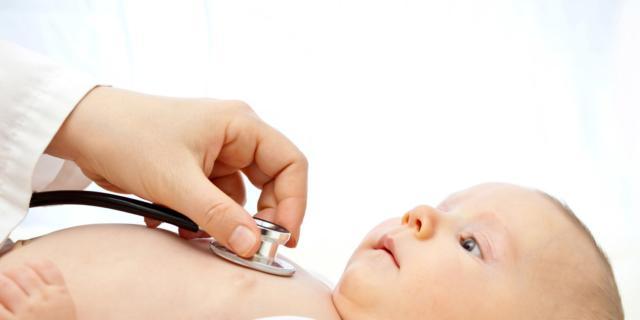 Controlli neonato – secondo mese – visita dal pediatra
